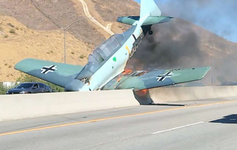 A Vintage Plane Causes Delays When Crashed on 101 Freeway
