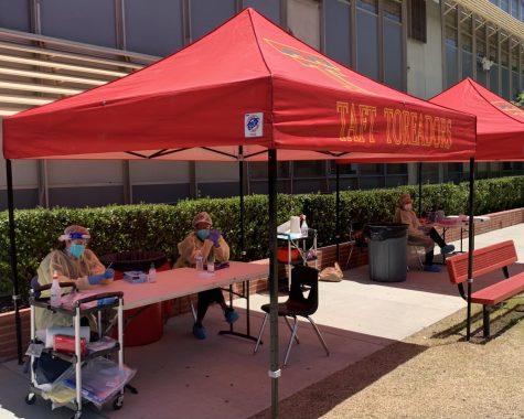 Nurses man the Covid Testing tent at Taft Campus.